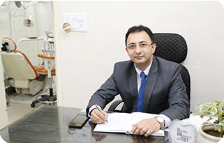 Dr Nikhil Clinic Profile Pic